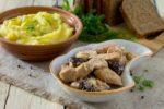Пасхальная кухня. Индейка с картофелем и черносливом.
