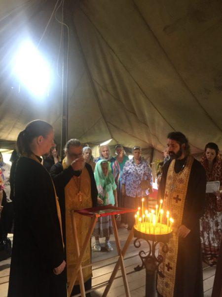 Молебен на месте строительства нового храма
