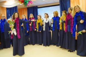 Выступление концертной группы хора храма святых Константина и Елены в библиотеке «Интеллект»