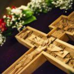 Расписание богослужений на крестопоклонной седмице Великого поста